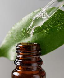 Serum - tinh chất dưỡng da chuyên biệt đặc trị nám chân sâu, ngăn ngừa tái phát