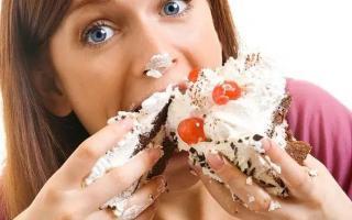 5 thói quen ăn uống cực xấu, khiến bạn tăng cân chóng mặt, rối loạn tiêu hóa