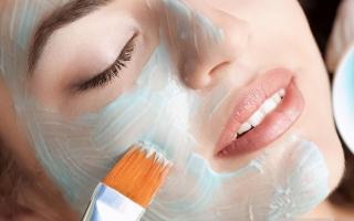 Phụ nữ đã ngoài 30 tuổi nhất định phải nhớ '4 Không' khi đắp mặt nạ